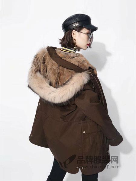 丹时尼女装2018秋冬中长款皮草连帽棉衣两件套大衣外套