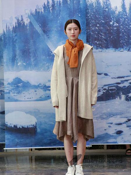 纯粹女装女装2018秋冬韩版中长款加厚羊毛茧型毛衣开衫
