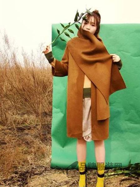 XiaoStudios女装    简约的线条、环保型的面料