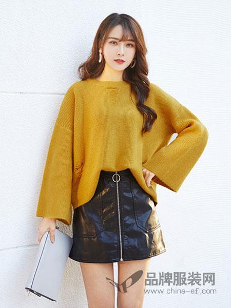 艾斯嘉女装姜黄色宽松针织衫