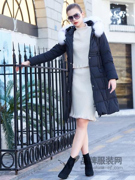 金蝶茜妮女装2018秋冬保暖白鸭绒毛领连帽羽绒服中长款