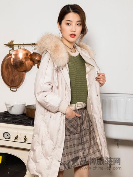 布根香女装2018冬季拉链连帽领收腰显瘦淑女外套