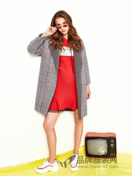欧炫尔女装2018秋冬新款韩版流行格子连帽呢子大衣