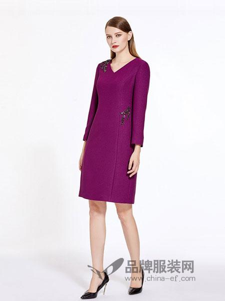 奥莎尼女装2018秋冬手工钉珠修身气质显瘦连衣裙