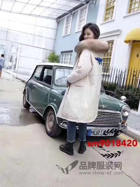 司合伊女装2018冬季新款韩版宽松白色连帽大毛领派克服外套潮