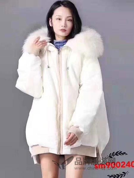 司合伊女装2018冬季短款大毛领宽松保暖外套