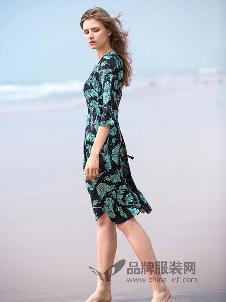 阿菁娜女装2018秋冬中长修身长袖长裙子休闲运动