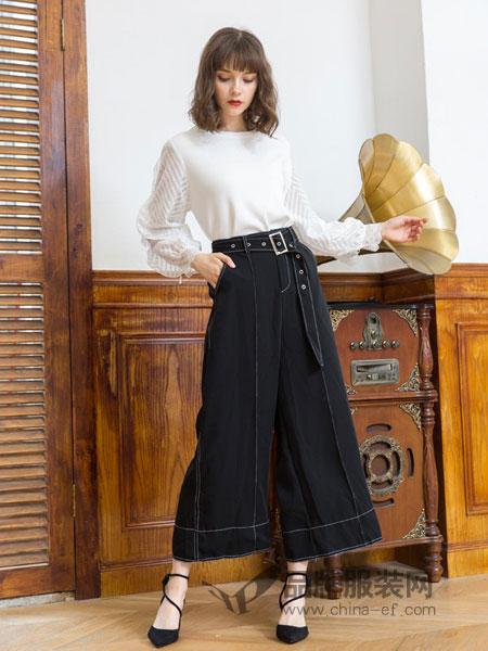 女神服饰女装2018秋冬牛仔裤时尚两件套气质套装修身