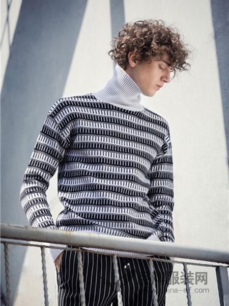 左男装2018秋冬高领毛衣宽松打底加厚针织衫