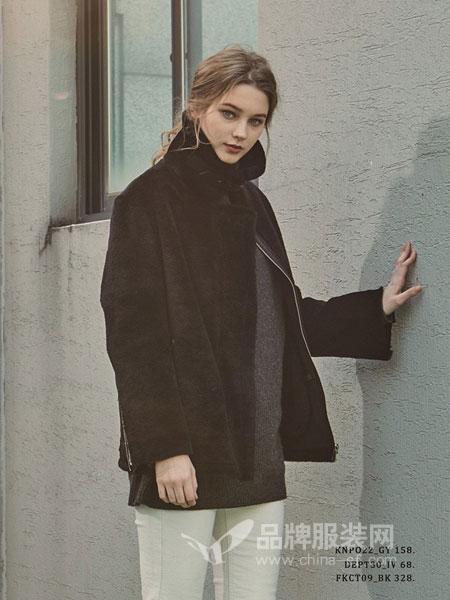 PINBLACK女装2018秋冬毛衣套头长袖内搭高开叉百搭基础款修身