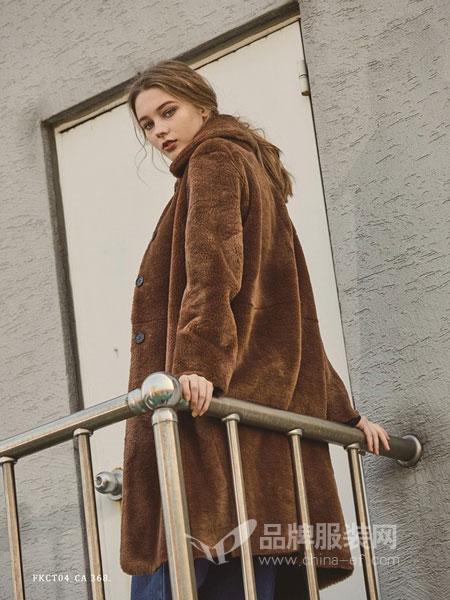 PINBLACK女装2018秋冬新品羊毛单排扣大衣外套