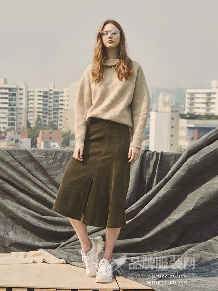PINBLACK女装2018秋冬简约气质纯色圆领针织毛衣