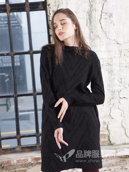 ZIRONG子容女装2018秋冬翻领加厚纯羊绒衫套头中长款腰开叉毛衣
