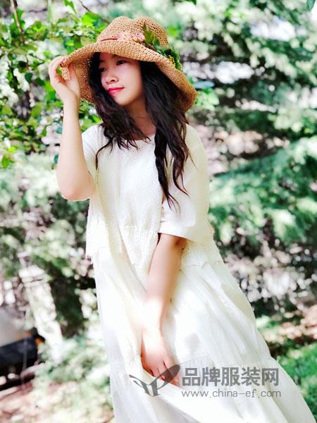 植觉女装2019春夏 V领短袖系带亚麻连衣裙