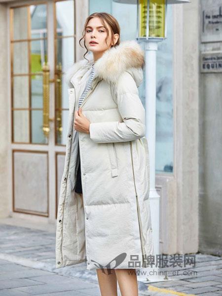 奥依岛女装2018冬季新款时尚连帽毛领羽绒服女中长款白鸭绒潮