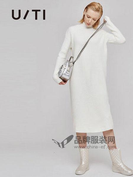 U/TI尤缇女装品牌2018秋冬宽松腰套头长袖中长裙针织连衣裙