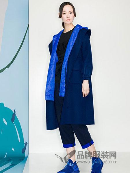 KAKO女装品牌2018冬季中长款宽松棉麻文艺夹棉加厚外套