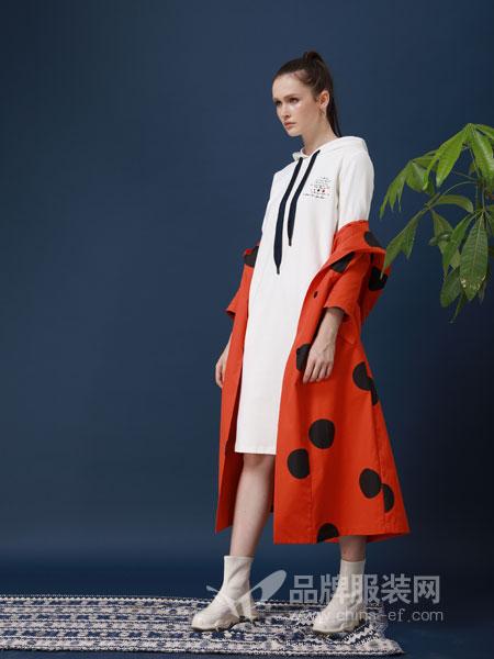 ZIRONG子容女装品牌2019春季长袖修身刺绣中长款外套