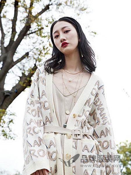 婕妮煕女装品牌2019春季印花刺绣薄外套