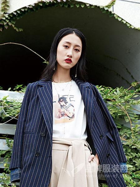 婕妮煕女装品牌2019春季条纹修身薄外套