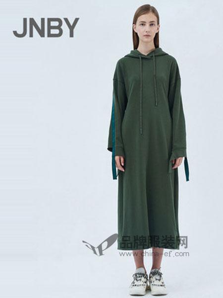 江南布衣女装品牌2019春季中长款卫衣式连衣裙