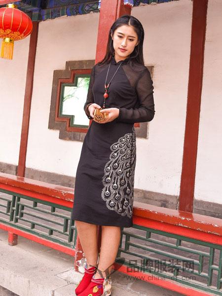 汉舞女装品牌2019春夏雪纺淑女中国风刺绣旗袍