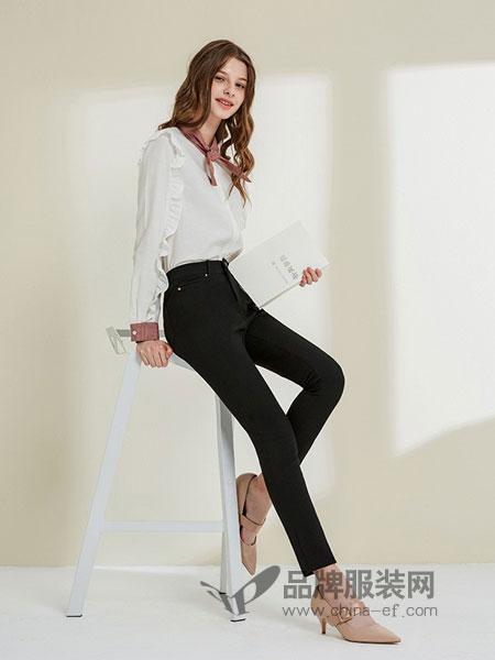 三彩女装女装品牌2018秋冬韩版百搭显瘦小脚外穿打底小黑色高腰长裤子