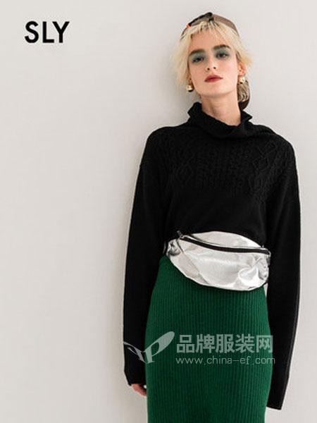 SLY女装品牌2019春季时尚纯色花纹堆领休闲针织衫