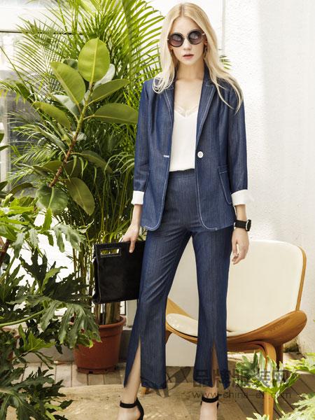 例格女装品牌2019春季时尚修身西服直筒裤两件套