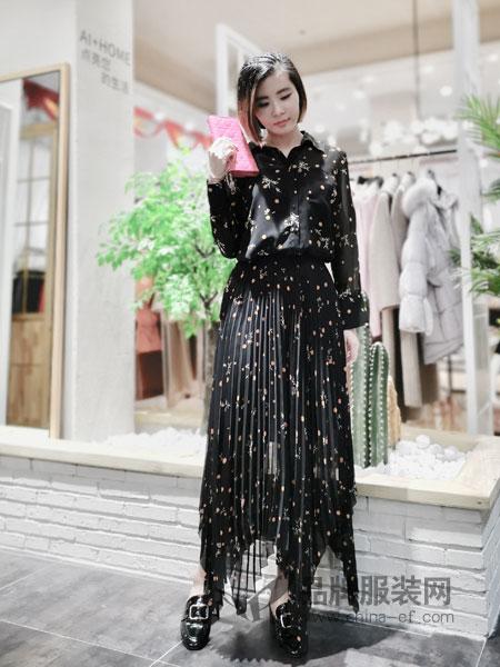 埃迪拉女装品牌2019春夏雪纺星星印花连衣裙
