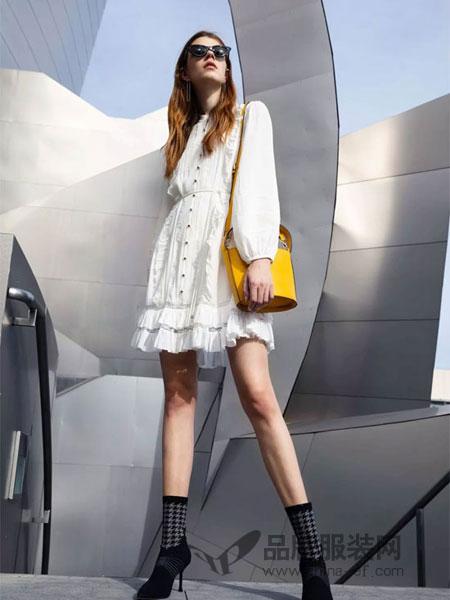 曼娅奴女装品牌2019春季泡泡袖中长款连衣裙修身显瘦甜美A字裙