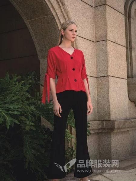 依贝奇女装品牌2019春季新款袖宽松五分系带V领清新