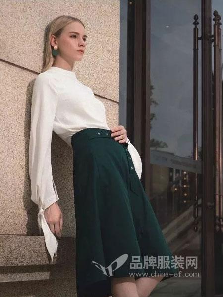 依贝奇女装品牌2019春季圆领上衣半身裙气质百搭套装潮