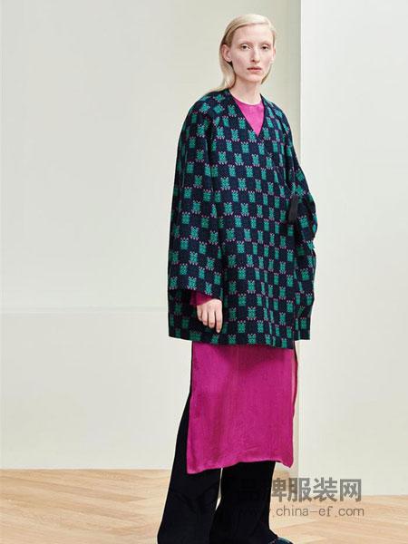 MS.Min女装品牌2019春季印花阔型薄外套