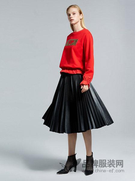 欧时力女装品牌2019春季简约韩版字母长袖卫衣