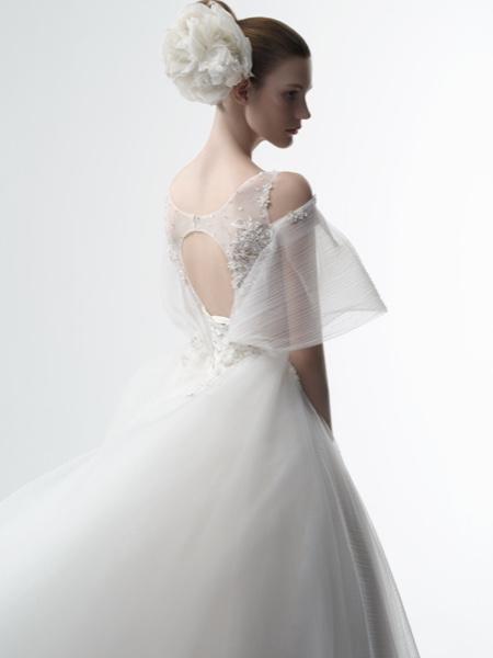 坤霓婚纱国际品牌品牌2018冬季新品