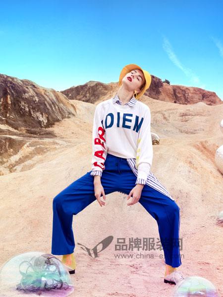 JA&EXUN女装品牌2019春季字母圆领长袖
