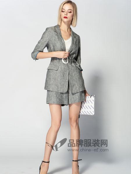 JA&EXUN女装品牌2019春季小香风格子套装