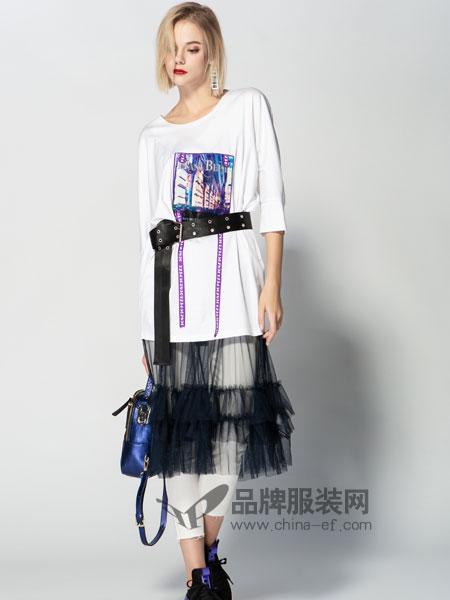 JA&EXUN女装品牌2019春季收腰七?#20013;?#25340;接纱网连衣裙