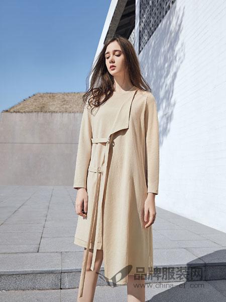 娅铂·周末女装品牌2019春季时尚气质名媛小香风中袖中长款系带连衣裙