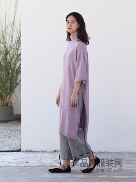 树生活女装品牌2018秋冬高领拼色宽松七分袖羊毛针织连衣裙