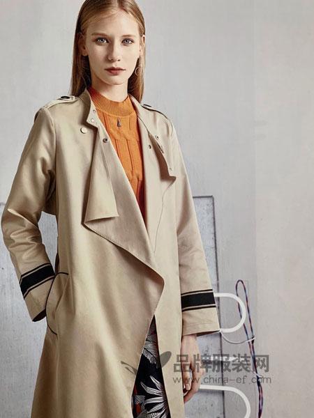 点占女装品牌2019春季新款时尚气质宽松显瘦学生休闲大码外套