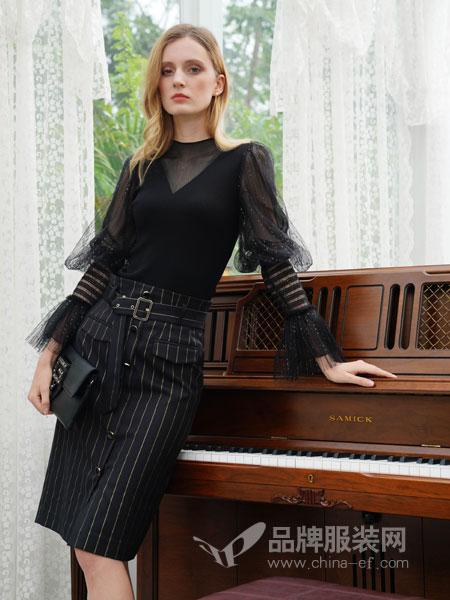 珈姿・莱尔女装品牌2019春季网纱上衣条纹短裙