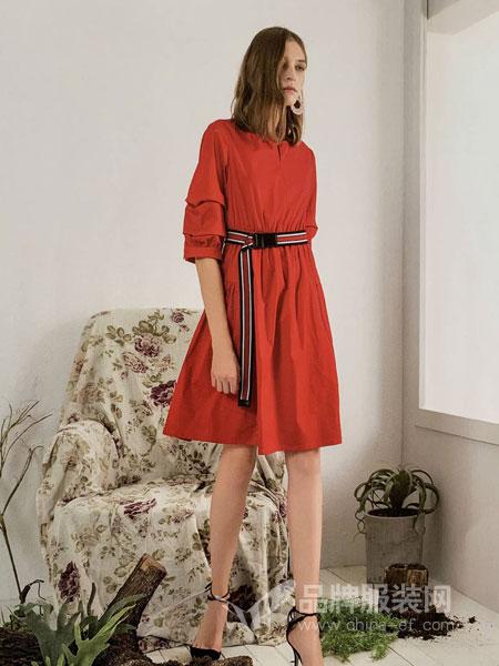 你即永恒女装品牌2019春季收腰时尚红色连衣裙