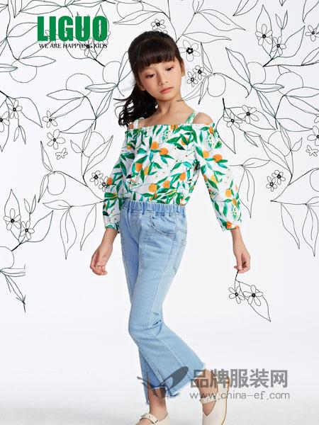 力果童装品牌2019春夏新款中大童一字肩中式吊带上衣