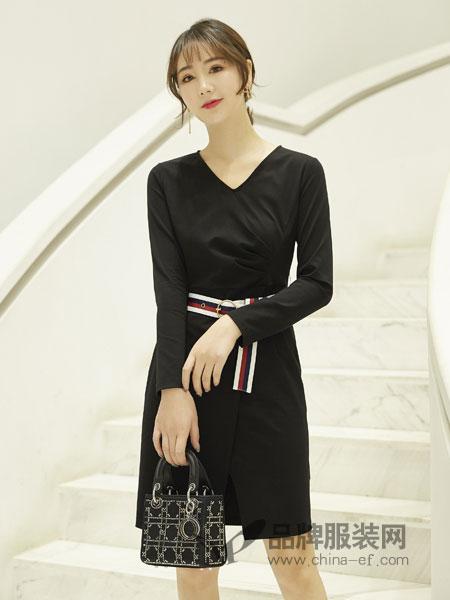 红雨鸶女装品牌2019春季韩版时尚纯色V领长袖短款A字小个子连衣裙