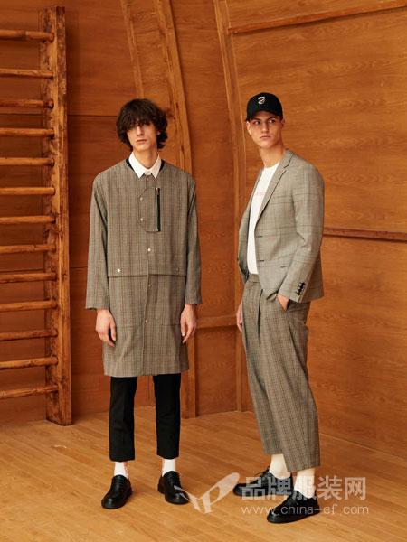 GRSAGA男装品牌2019春季宽松大码竖条纹连帽两件套