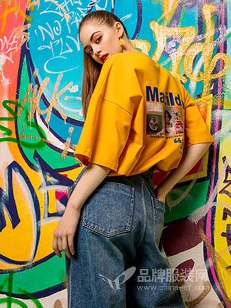 MYMIX(我的组合)女装品牌2019春夏宽松字母图案印花圆领磨边破洞短袖T恤