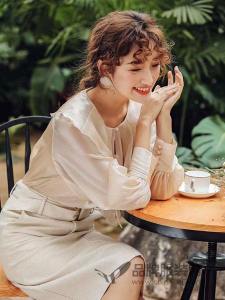 M+女装品牌2019春夏时尚气质女神小香风裙子套装
