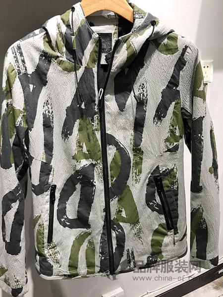 舞者男装品牌2019春季迷彩嘻哈外套